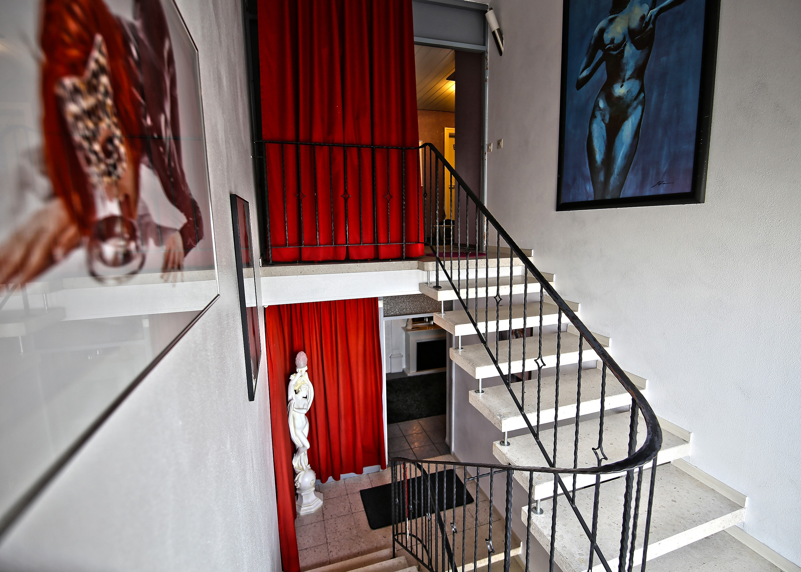 Treppenhaus2-min